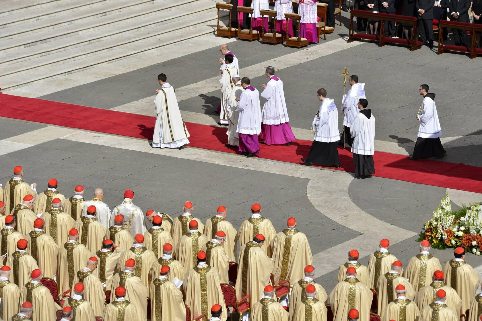 La ceremonia de entronización de Francisco