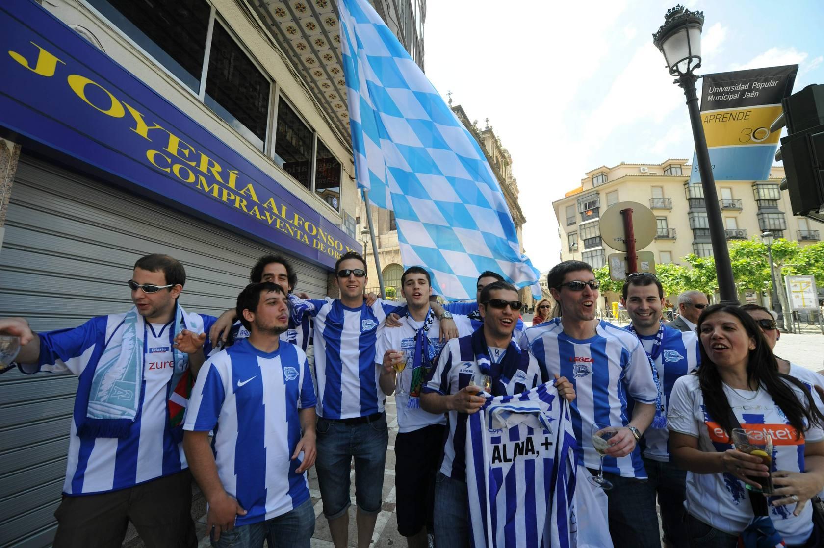 La afición albiazul apoya al Alavés en Jaén
