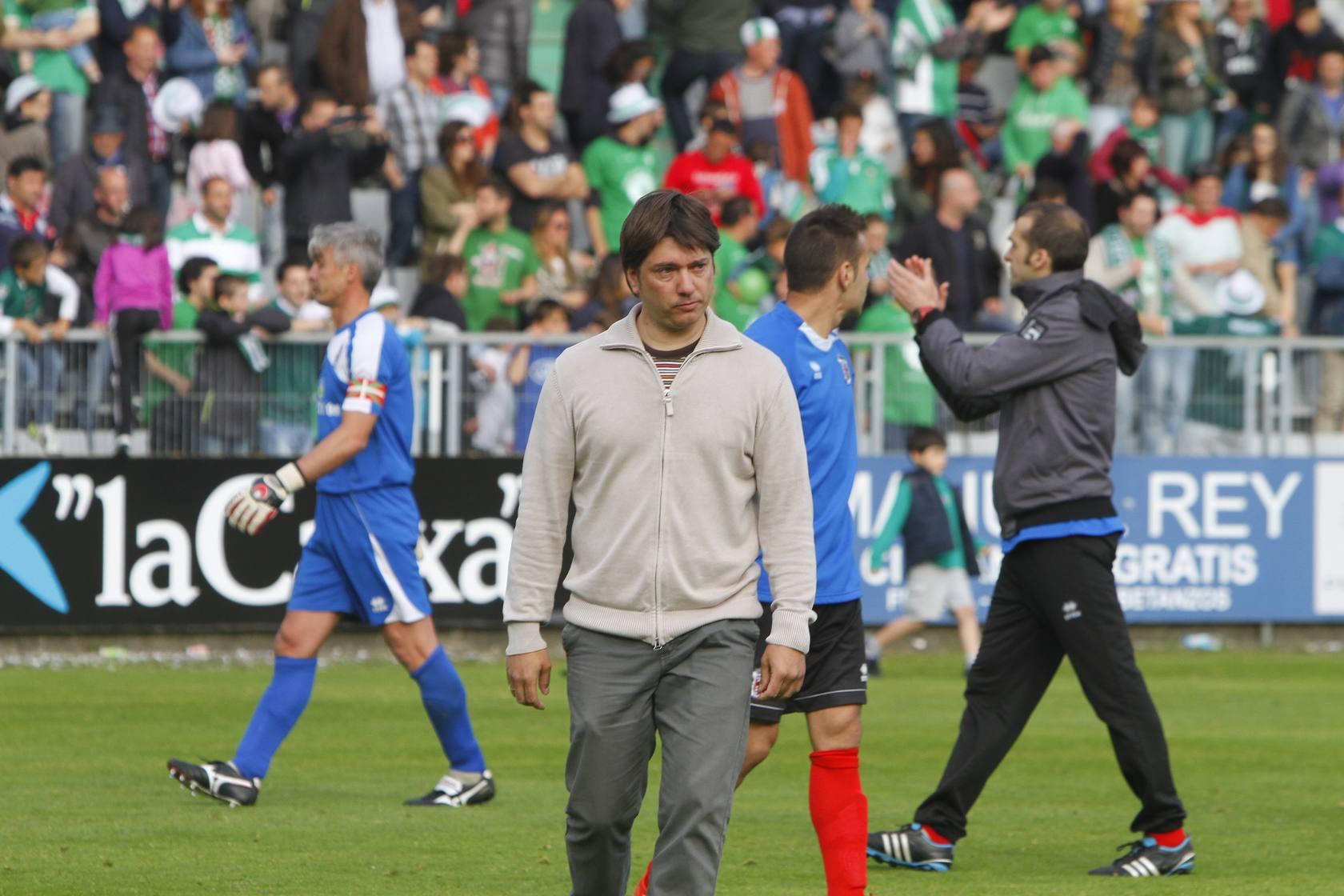 La afición del Laudio acompaña a su equipo a Ferrol