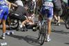 Cavendish se impone en una etapa con caídas
