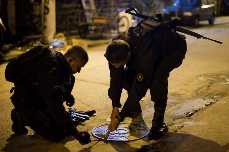 Fotos de la ocupación de favelas por parte de la policía en Río